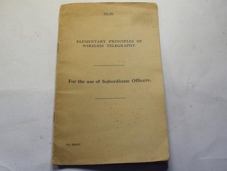 90 Original WW2 Royal Navy Booklet Elementary Principles of Wireless Telegraphy
