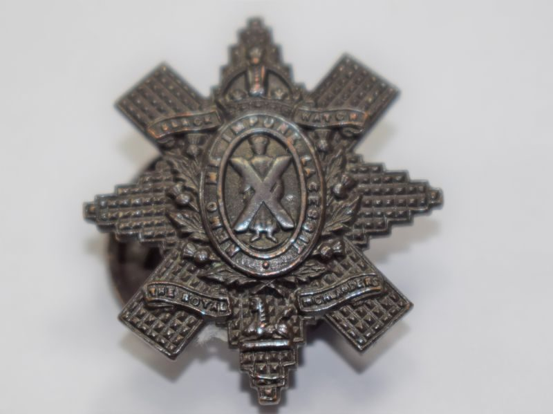 18 Original WW1 WW2 Bronze Lapel Badge To The Black Watch