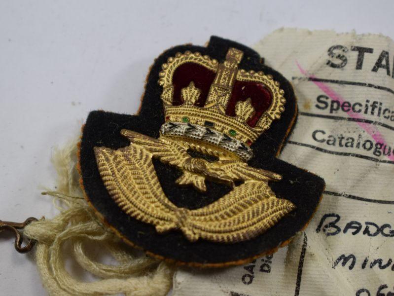 72 Vintage 1980s RAF Officers Miniature Beret Badge Sealed Pattern