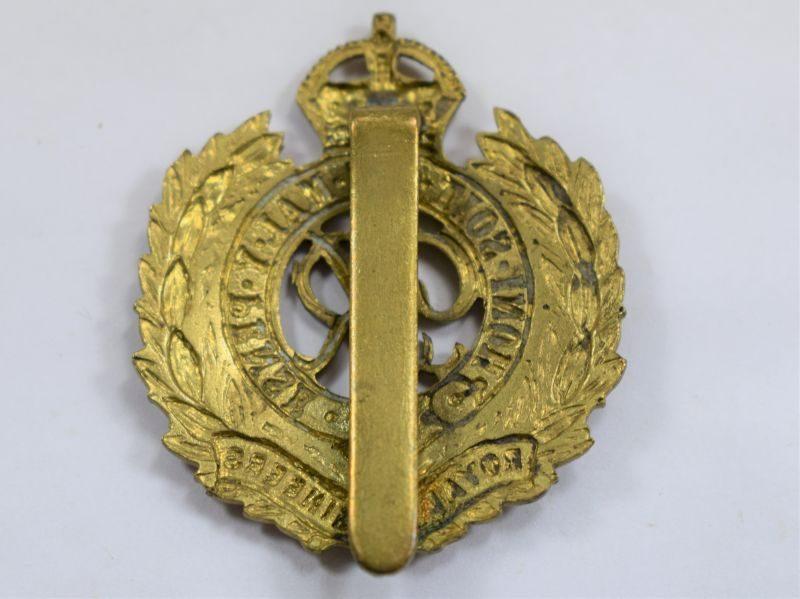 29 Good Original WW2 Royal Engineers Cap Badge