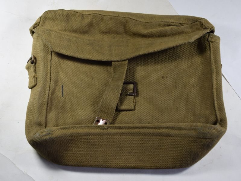 58 Original WW2 British Satchel Signal MECo 1943