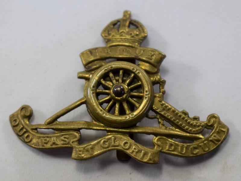 22 Original WW1 WW2 Royal Artillery Cap Badge