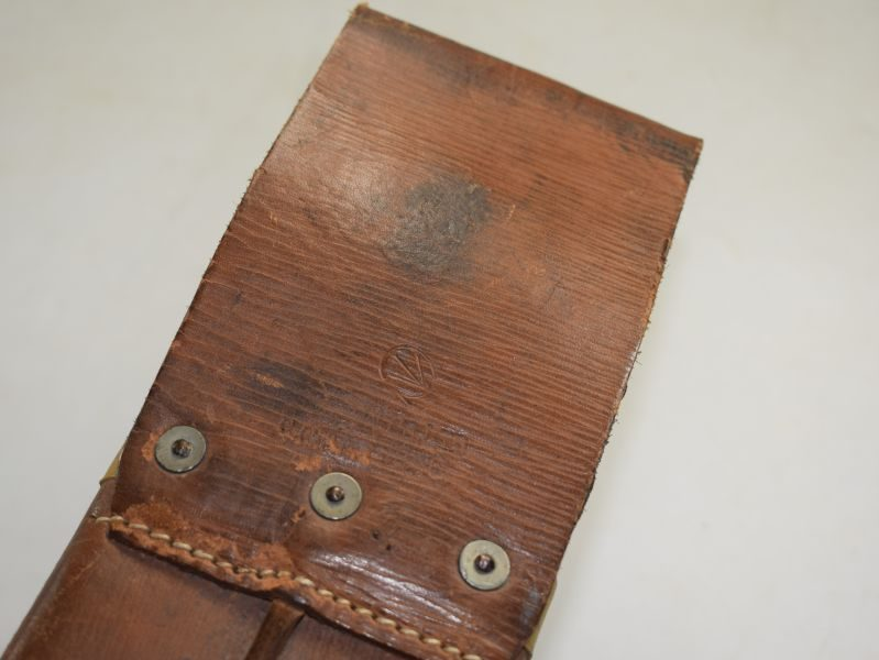 Excellent WW2 Canadian Military Leather Machete Scabbard 1940