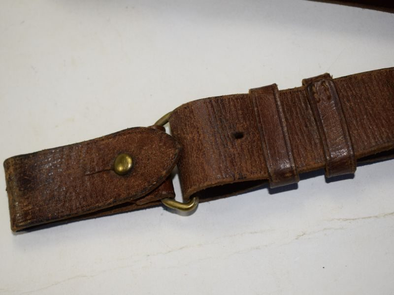 Unusual WW1 WW2 British Army Leather Rifle Sling Private Purchase?