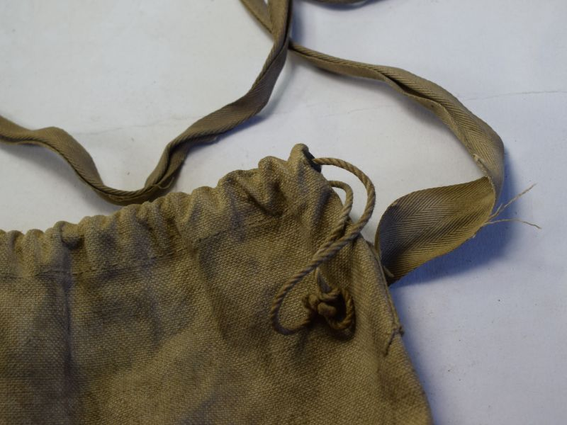 Early WW2 British Civilian Duty Respirator Haversack Maple 1939.