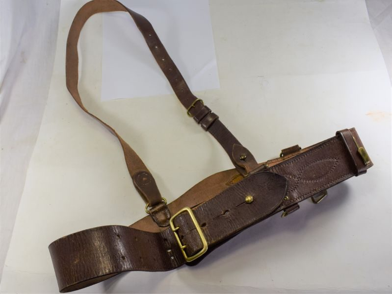 WW2 Era British Officers Leather Sam Brown Belt & Cross Strap, Large Size