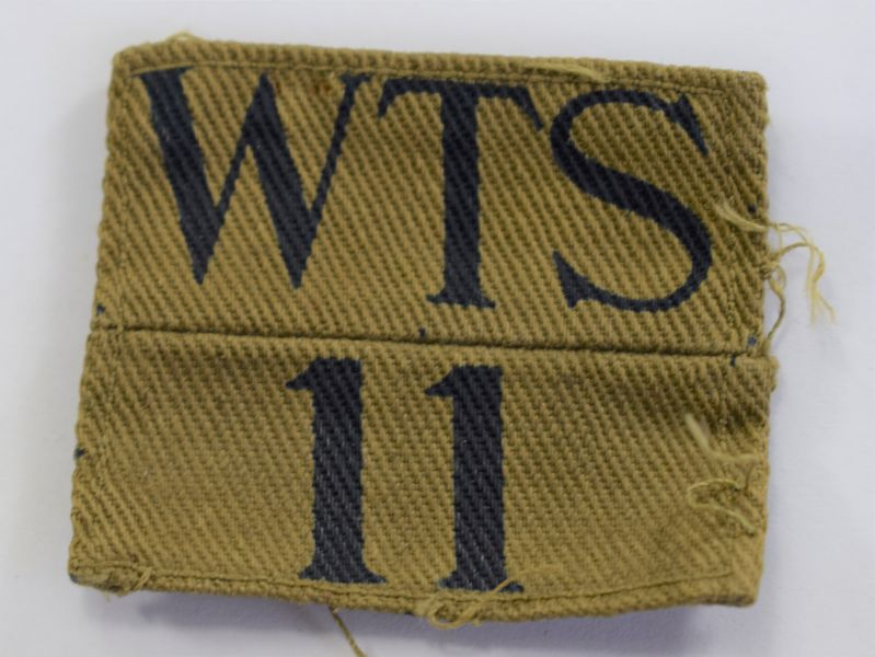 17 Original WW2 Cloth Badge 11th Wiltshire Home Guard