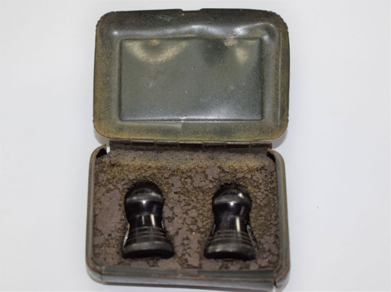 39 Original 1930s – WW2 British Army, Navy & RAF Gunners Ear Plugs in Issue Tin