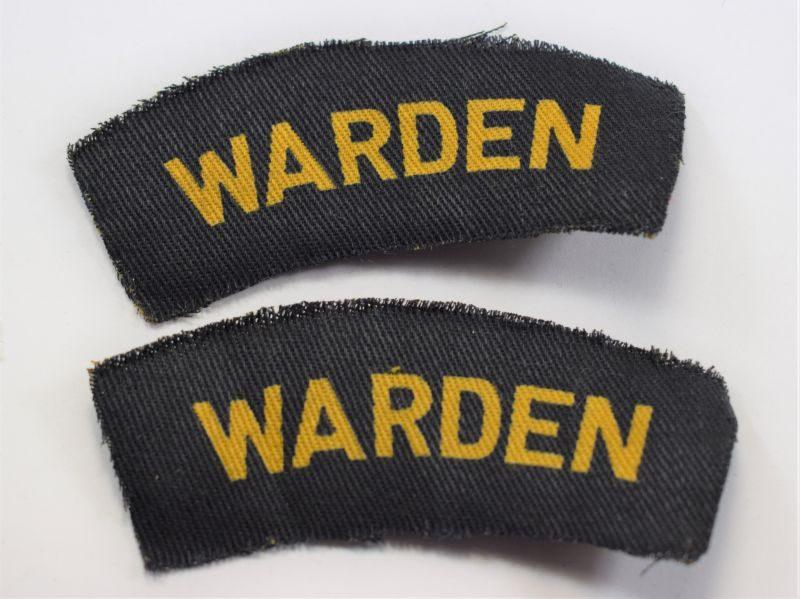 AN) Excellent Original Pair of Air Raid Wardens Printed Shoulder Titles