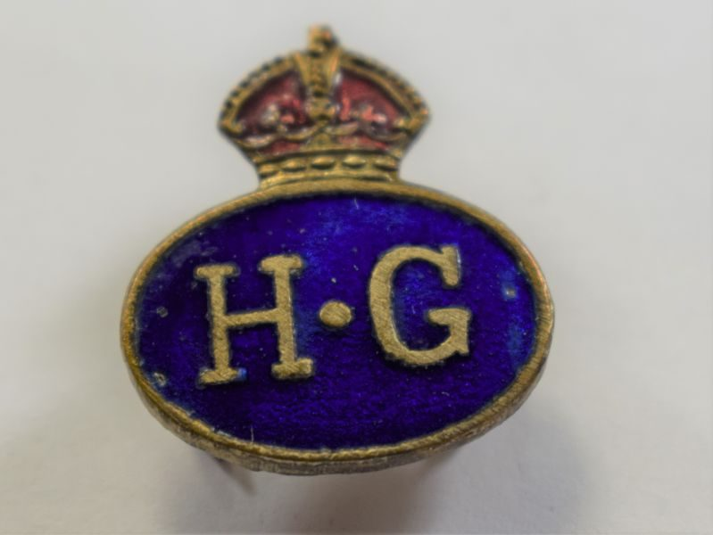 AAD) Nice Original WW2 Oval Home Guard Lapel Badge