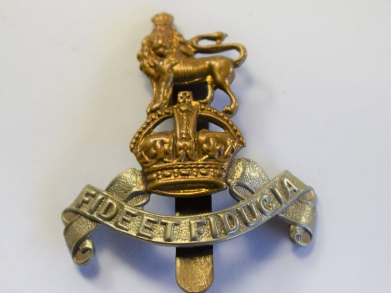 44 Original WW2 Royal Army Pay Corps Cap Badge
