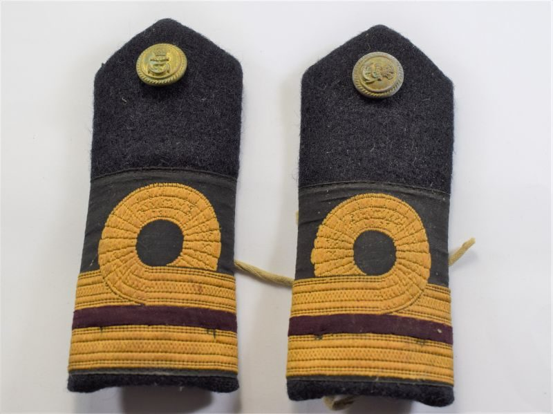 B12) Original WW1 WW2 Royal Navy Officers Tie on Epaulettes.