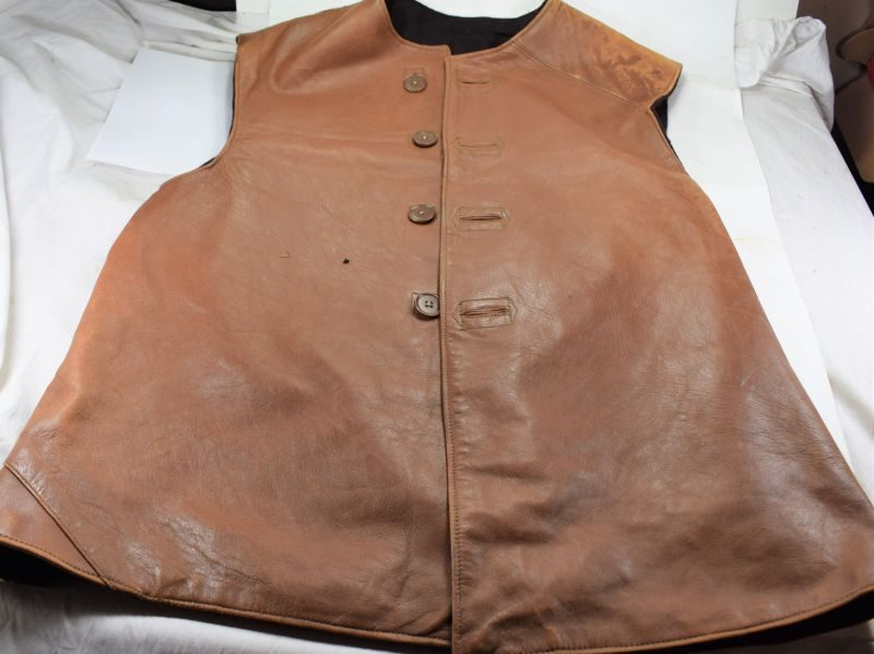 B49) Nice clean Original WW2 British Army Issue Leather Jerkin Dated Jan 1945