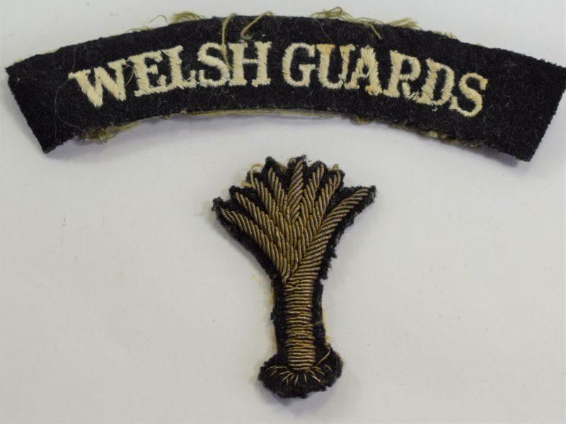 30) Original WW2 Cloth Insignia to The Welsh Guards