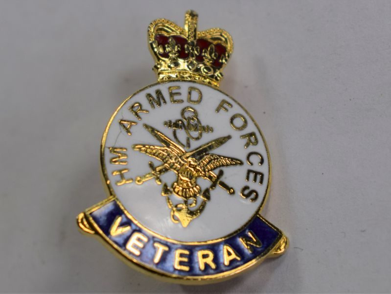 31) Small HM Armed Forces Veteran Enameled Pin Badge