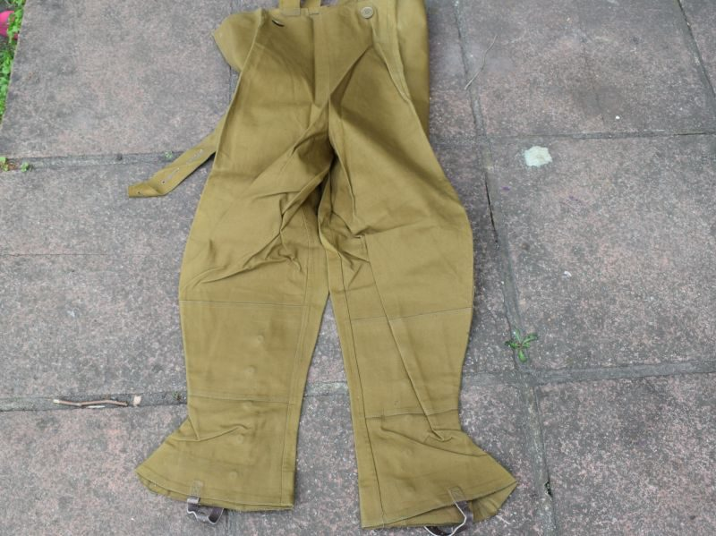 91) Original Unissued WW2 British Dispatch Riders Waterproof leggings 1943