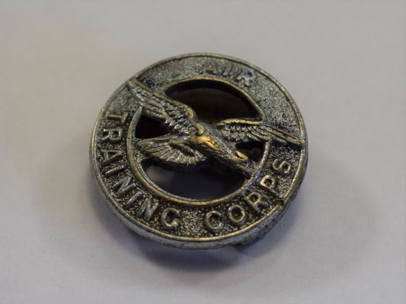12) WW2 Air Training Corps Lapel Badge