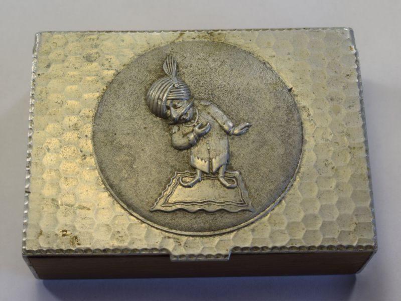 Vintage WW1 WW2 Alloy & Wood Trench Art Trinket Box