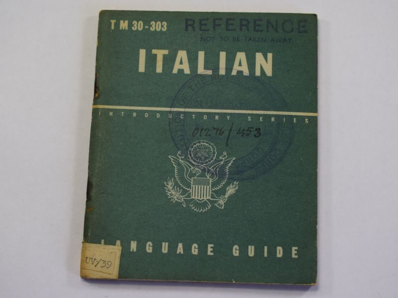 105) Original WW2 US Army Italian Language Guide 1943