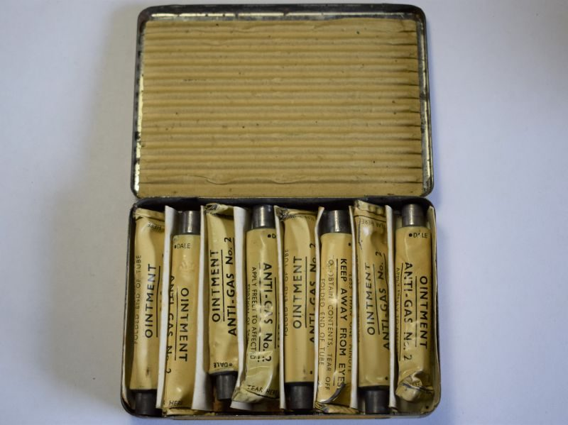 48) WW2 British Military Issue Ointment Anti-Gas No2 Tin & Contents