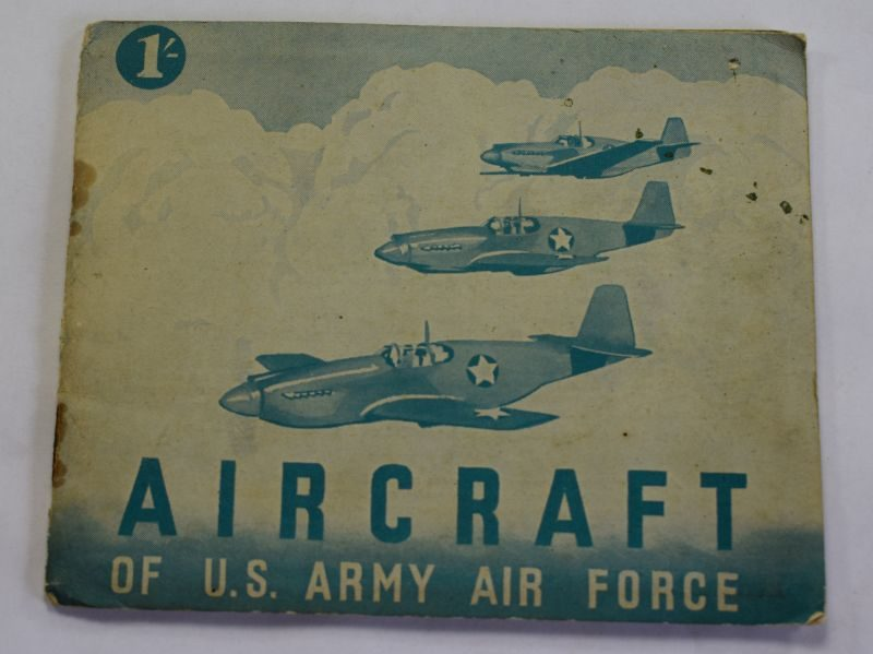 58) Small WW2 Booklet Aircraft of the US Army Air Force