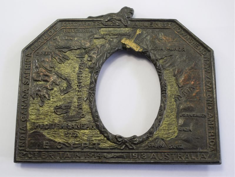 75) Excellent Original WW1 Cast Metal Photo Frame The Eastern Front