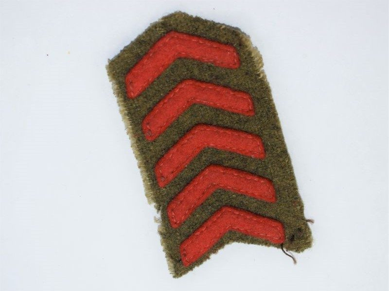 84) Excellent WW2 British Army Stitched overseas Of Service Chevron Set