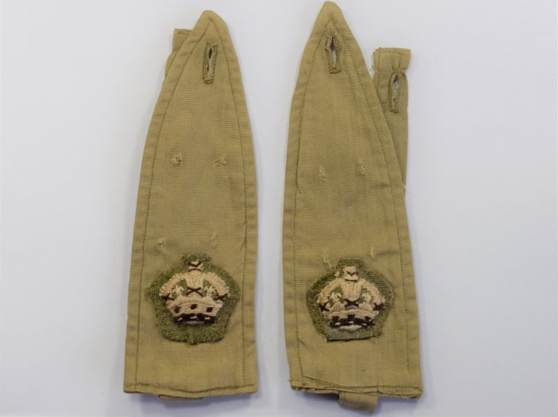 63) WW2 British Army Officers KD Shirt Removeable Epaulettes With Majors Rank Crown