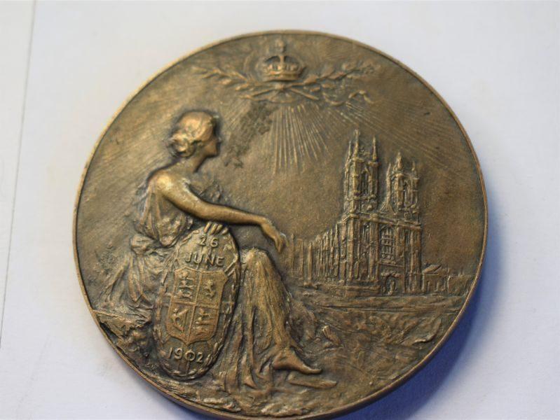 48) Lovely Large Commemorative Coin Coronation King Edward VII 1902
