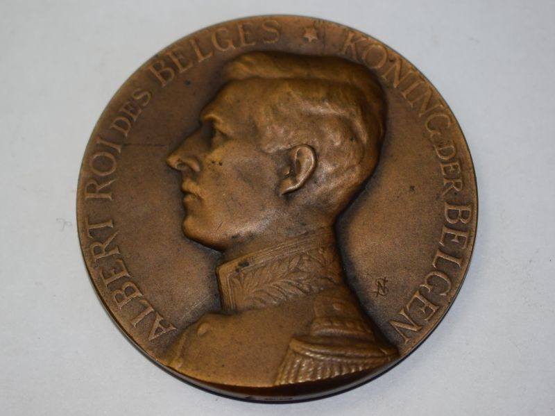 50) Belgian Commemorative Medal King Albert 1909?