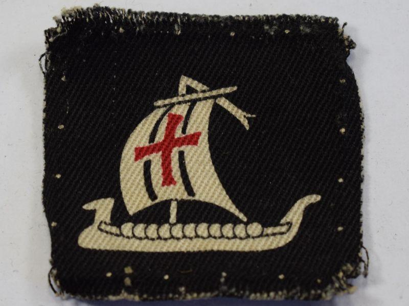 7) Original WW2 British Army 5th Corps Cloth Badge