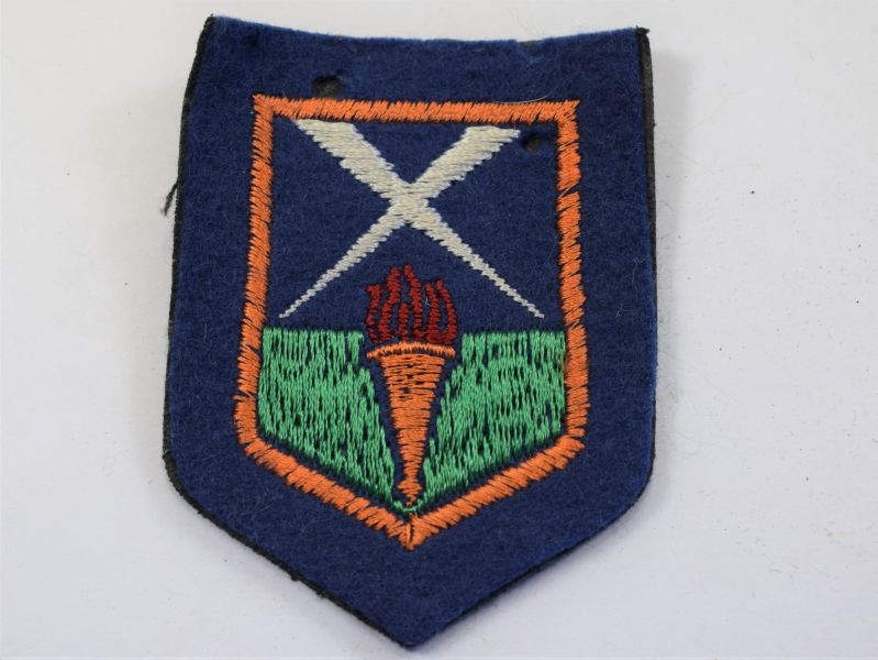 20) Original WW2 era Aldershot District Cloth Badge