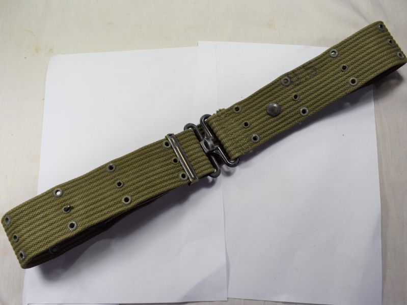 A16) Excellent Original WW2 US Army Issue Pistol Belt