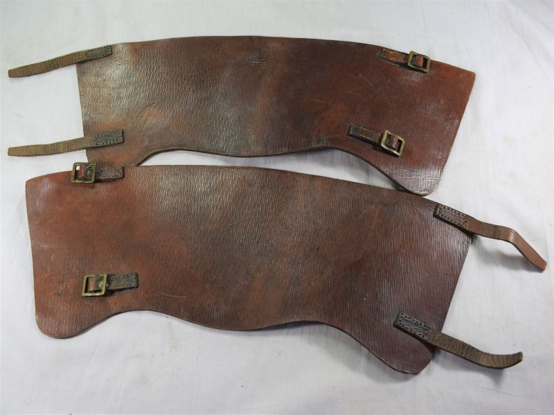 A19) Excellent WW2 Home Guard Brown Leather Anklets