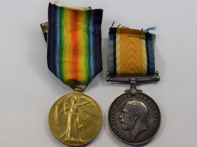 31) WW1 Victory & War Medal Pair to 237044 Gnr S.J.Bonner R.A.