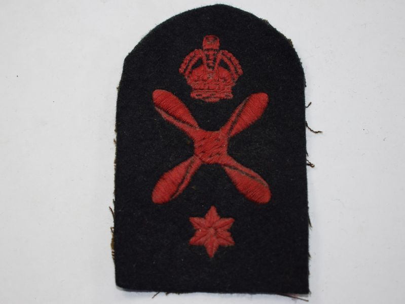 42) WW2 Royal Navy Air Mechanic Trade Badge