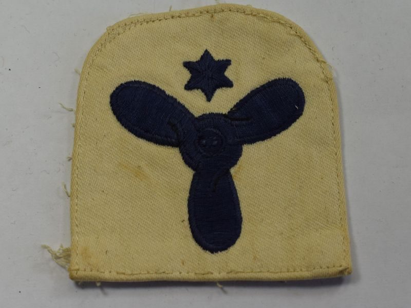 45) WW2 Royal Navy Engineering Mechanic Trade Badge on White Backing