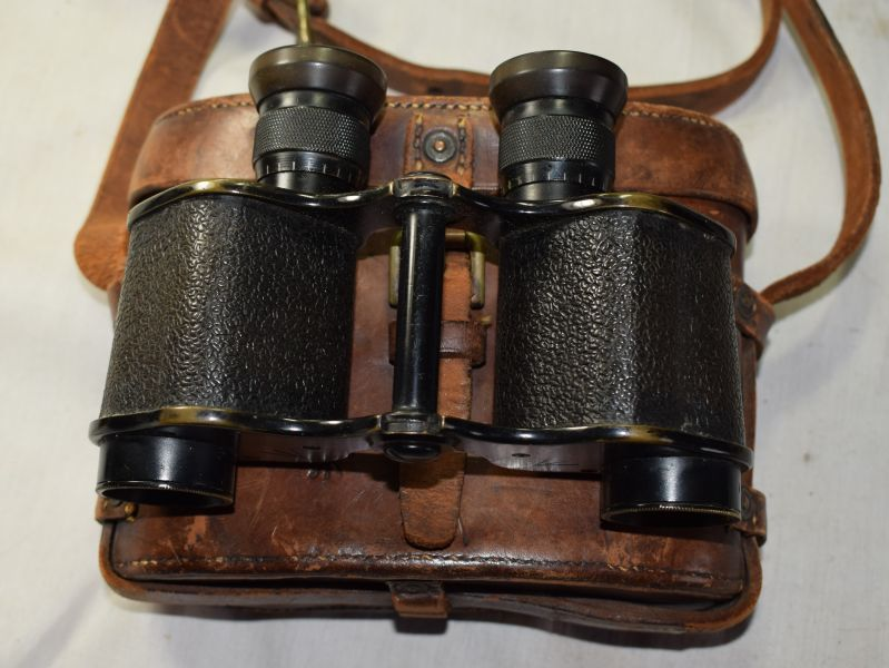 A39) Excellent Original WW1 British Officers Field Glasses & Leather case
