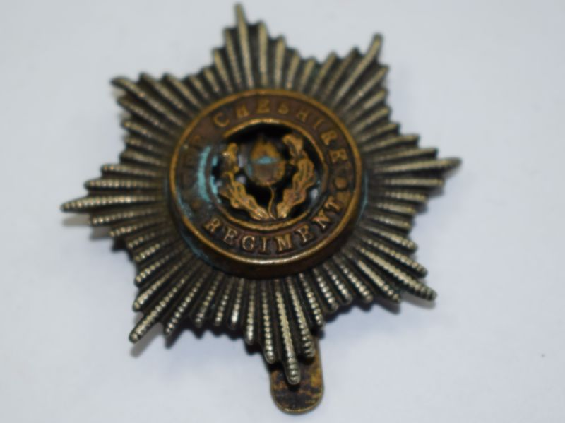 54) Original WW1 WW2 The Cheshire Regiment Cap badge