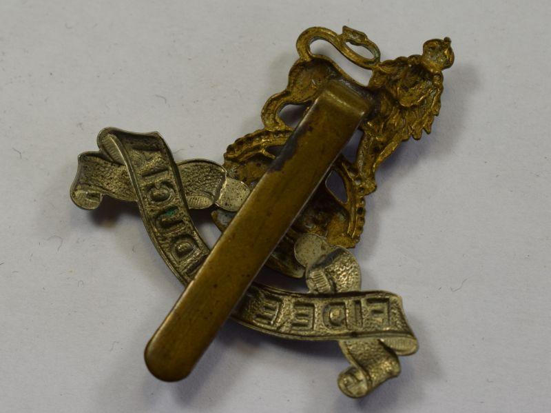 57) Original WW1 WW2 Royal Army Pay Corps Cap badge