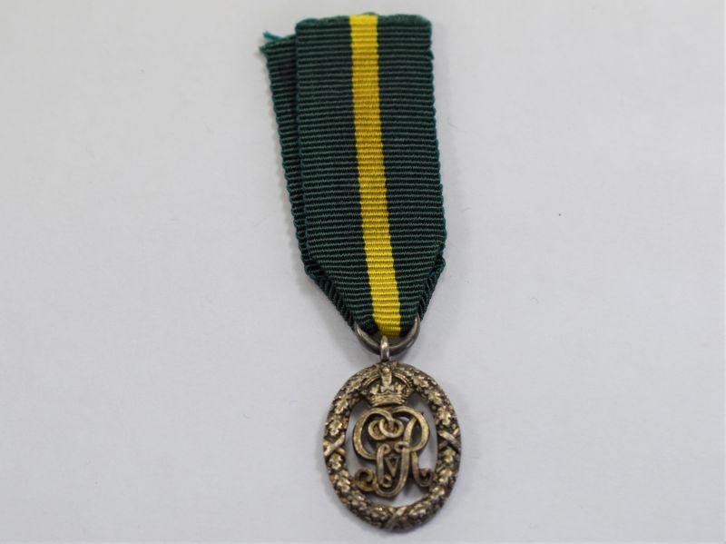 71) Original WW1 British Army GRV Territorial Decoration Miniature