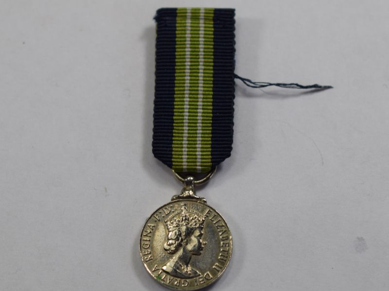 74) Colonial Special Constabulary Long Service Miniature Medal ERII