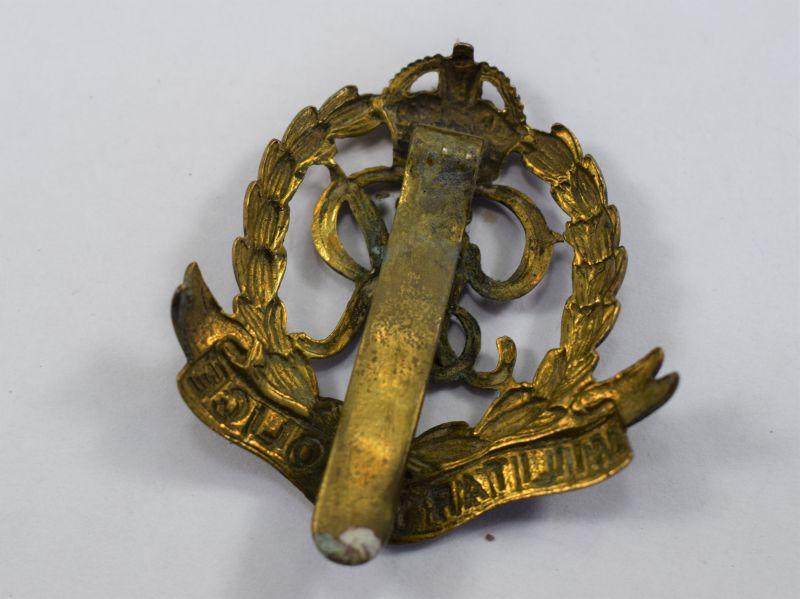 85) Excellent Original WW2 Military Police Cap Badge