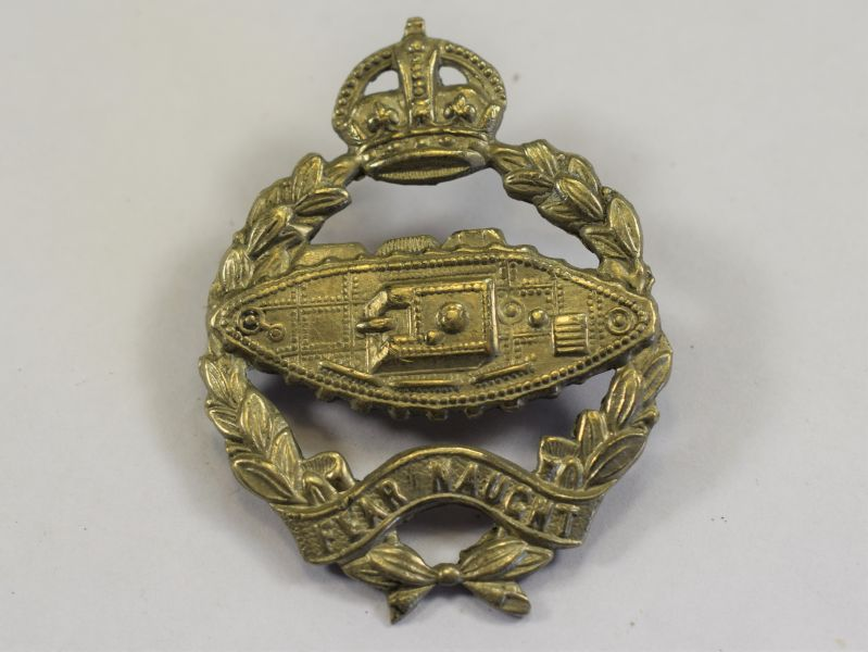 89) Original WW2 Royal Tank Regiment Cap Badge