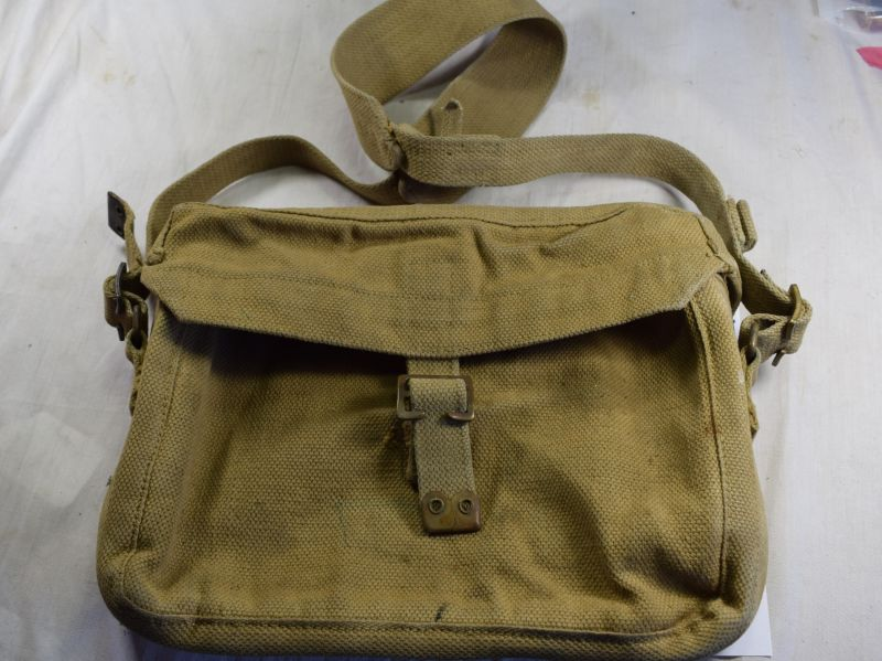 Excellent WW2 British Wireless Ancillaries Satchel Signals Bag 1943