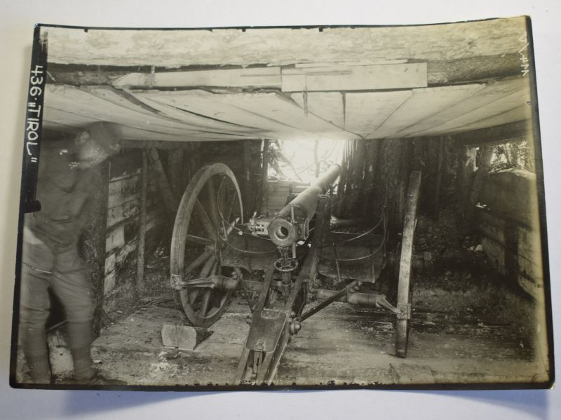 55) Original WW1 German Photograph Field Gun in Bunker