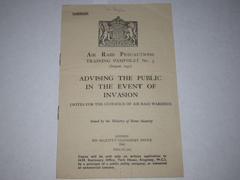 61) Original WW2 ARP Wardens Training Pamphlet Advising Public In Event Of Invasion