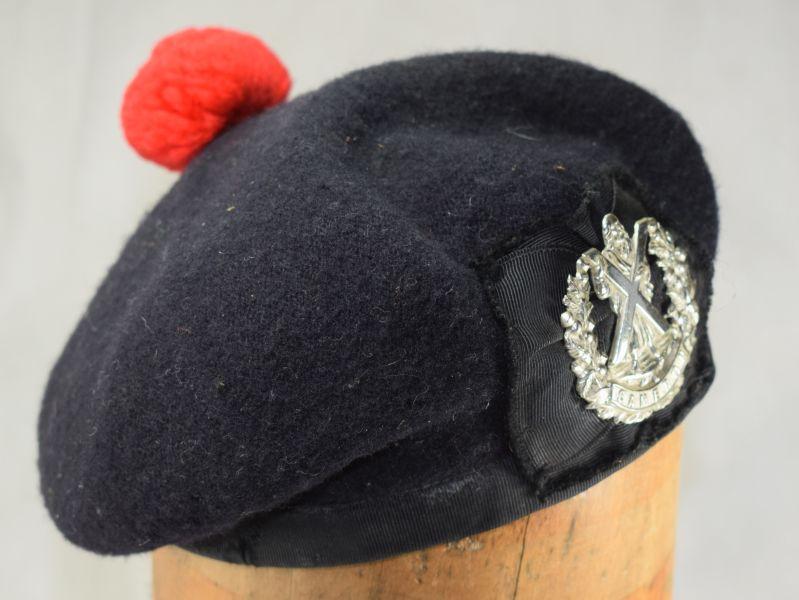 Vintage Scottish Regiments Tam-O-Shanter & Cameron Highlanders badge