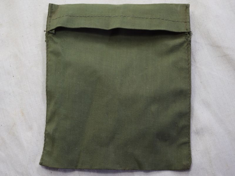 44) WW2 44 Pat Tropical Issue Rubberised Waterproof Pay Book Cover
