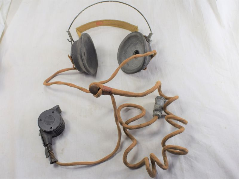 GD) Excellent Near Mint Canadian WS58 Headset & Snail Mic